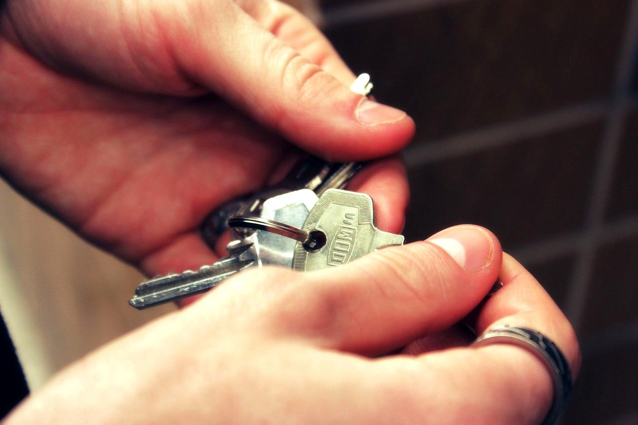 Est-il possible de faire appel à plusieurs agences immobilières pour vendre un bien ?